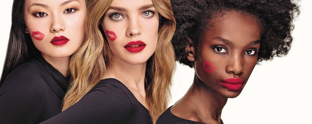Fashion Trends-Cuál es el color de labial perfecto para tu look-Mujeres con labios pintados