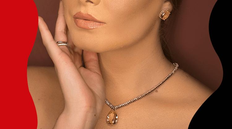 FashionTrends-Combina tus joyas de lujo sin caer en la extravagancia