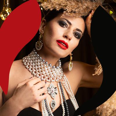 Fashion Trends - mujer con perlas
