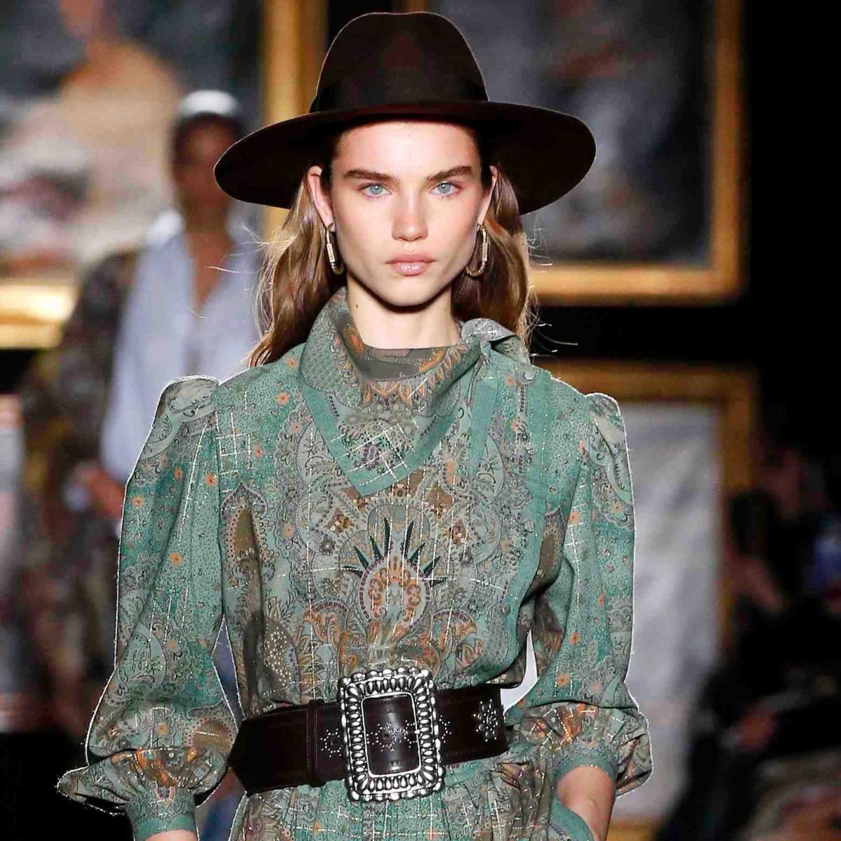 Fashion Trends-Descubre como lucir el estilo boho chic-Modelo con estilo bohemio