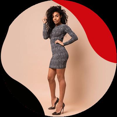 Fashion Trends - mujer con vestido gris