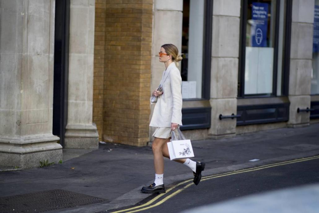 Fashion Trends MX - mocasines con calcetines - Portada